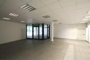 Top Ladeneinheit in Nahversorgungszentrum, 89077 Ulm, Verkaufsfläche